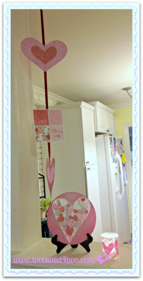 DIY Valentine Heart Plaque and Printables display