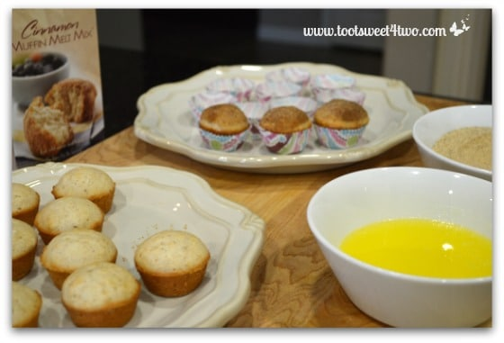 Cinnamon Muffin Melt topping station set-up