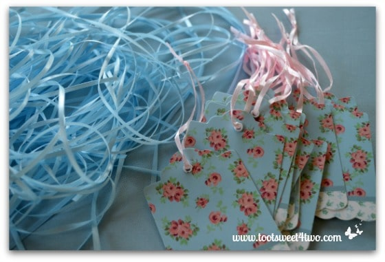 Cute and Easy Party Name Tags - blue ribbons cute and ready