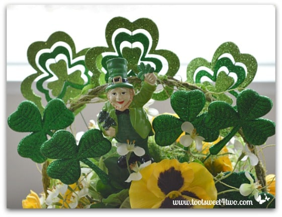 Leprechaun and Shamrocks centerpiece