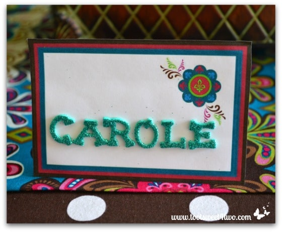 Finished easy party placecard on table