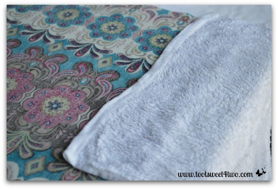 How to Make an Easy No Sew Table Runner - Pic 7 - wet washcloth on fabric