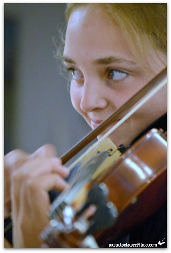 Bizzy and Viola - Pic 3 - The Virtuoso