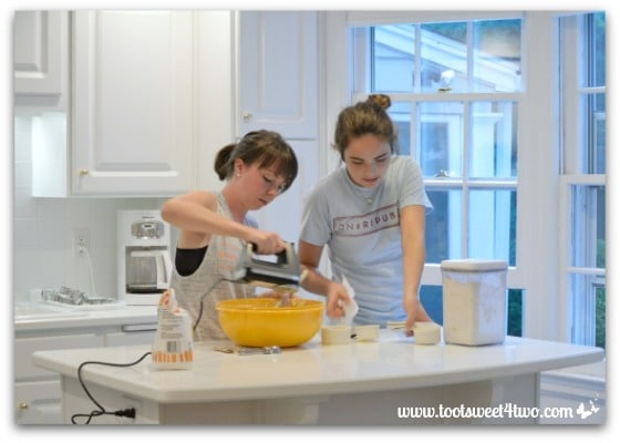 Erin and Molly making cookies - Erin's Iced Sugar Cookie Cutouts