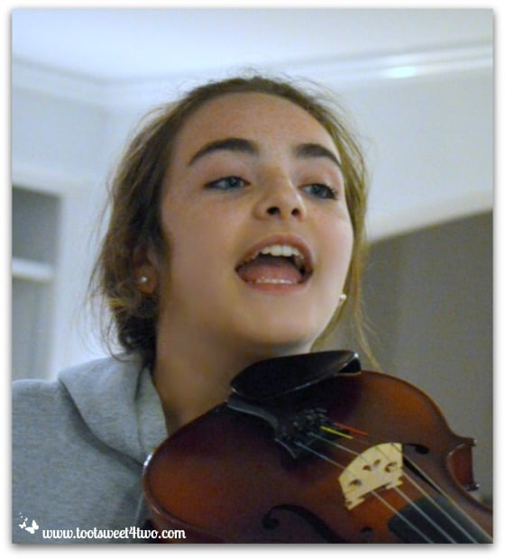 Molly and viola - Pic 4 - The Virtuoso