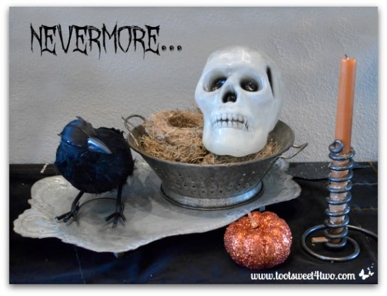 Nevermore Decorating for Halloween Pic 4