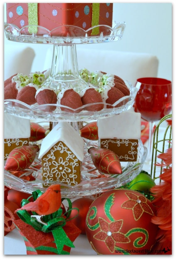 3-Tier Dessert Stand with Christmas ornaments