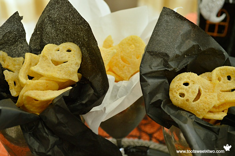Spooktacular Party Chips Ghosts