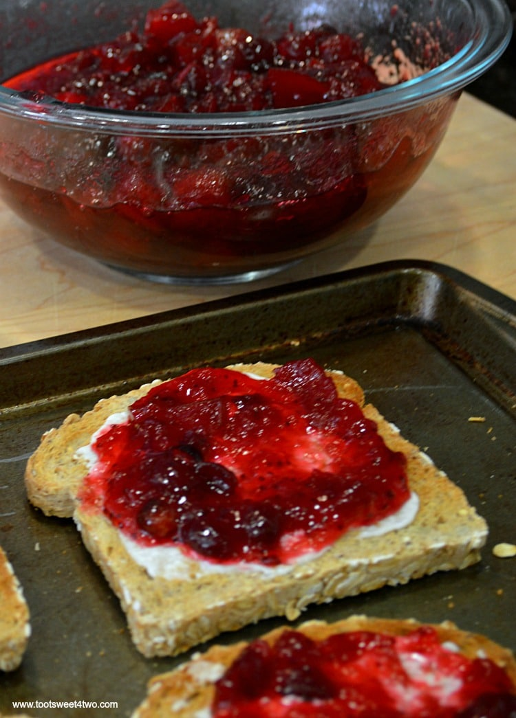 Toast with mayo and cranberry sauce