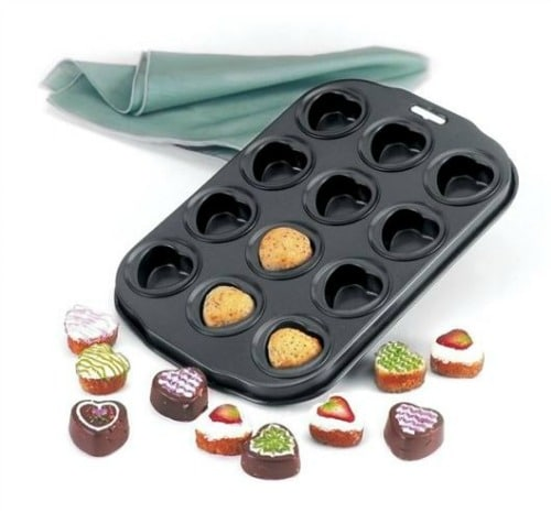 12-piece heart-shaped muffin pan from Amazon