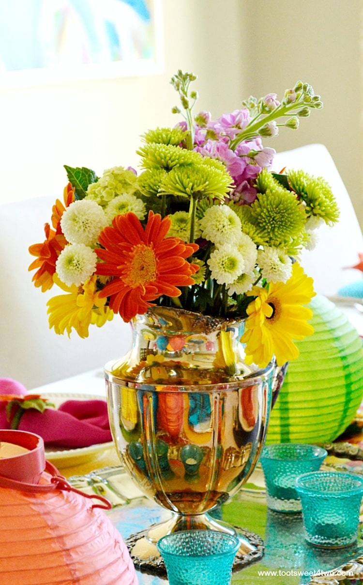 Floral centerpiece for Decorating the Table for a Cinco de Mayo Celebration