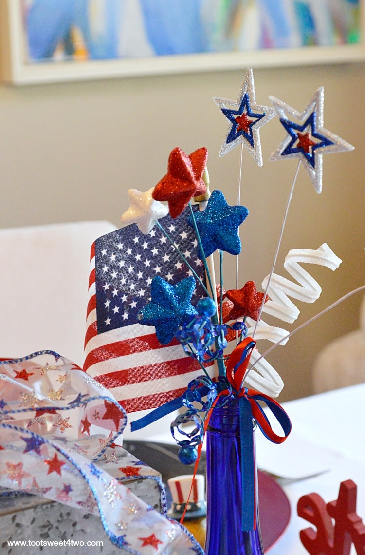 Decorating the table for 4th of july toot sweet 4 two for American flag decoration ideas