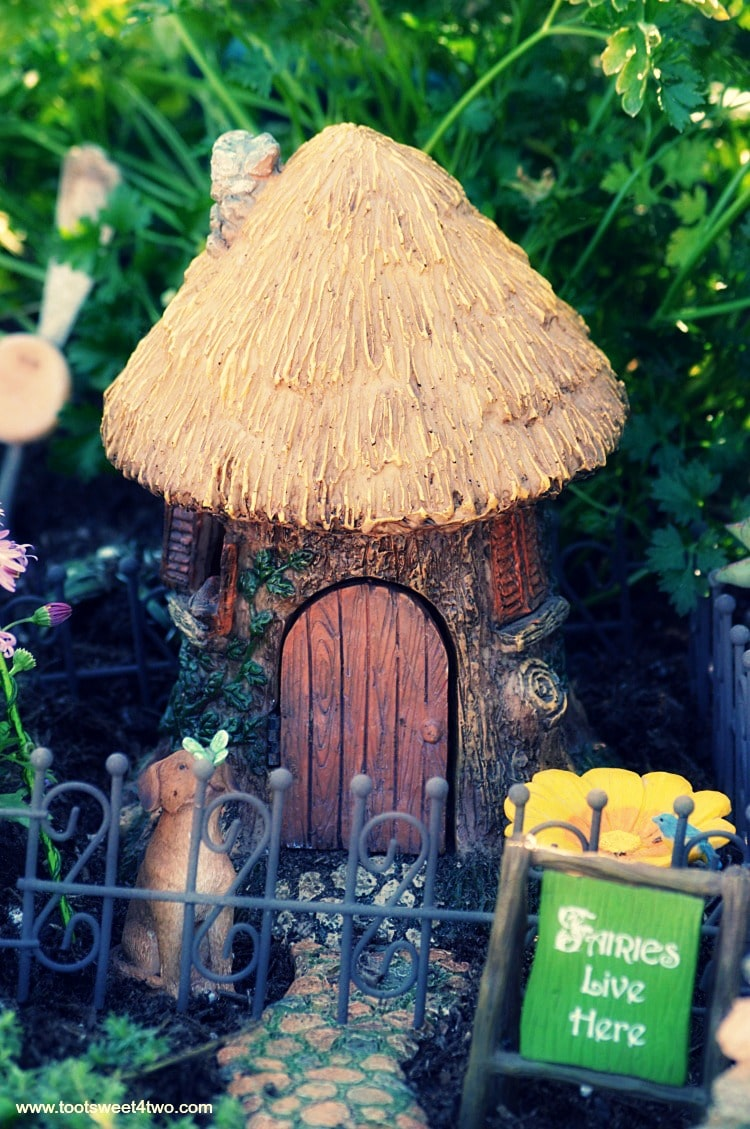 how to make a fairy garden fence