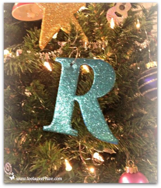 R ornament