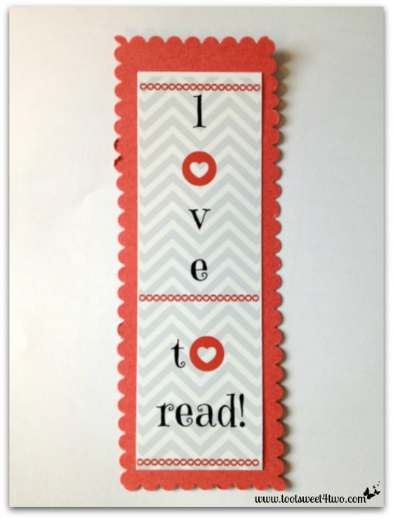 I love to read glued to red cardstock