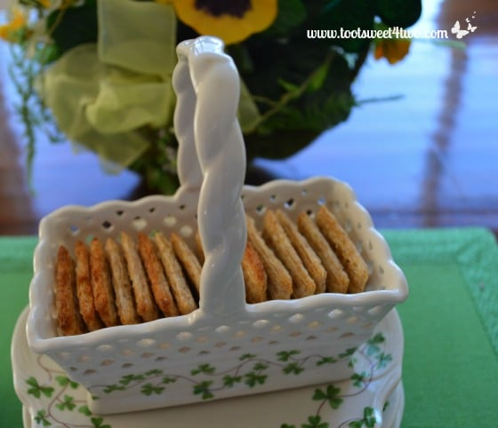 Crackers in a Shamrock Basket