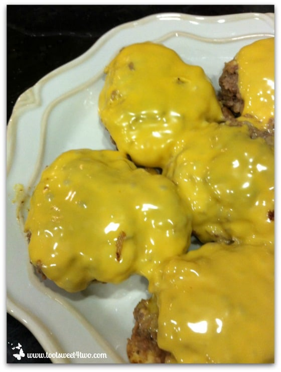 Doctored Hamburgers with American cheese