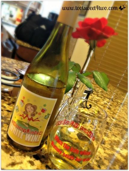 mommy-juice-white-wine