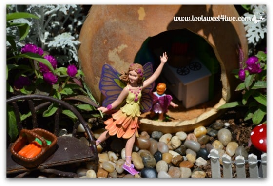 Fairies in the Gourd Houses