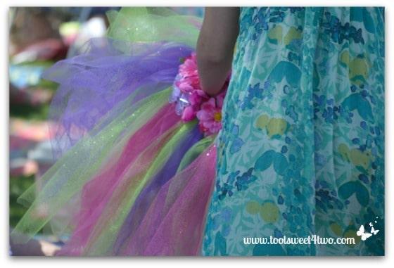 Fairy holding skirt