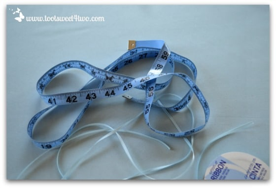 Cute and Easy Party Name Tags - measure ribbon
