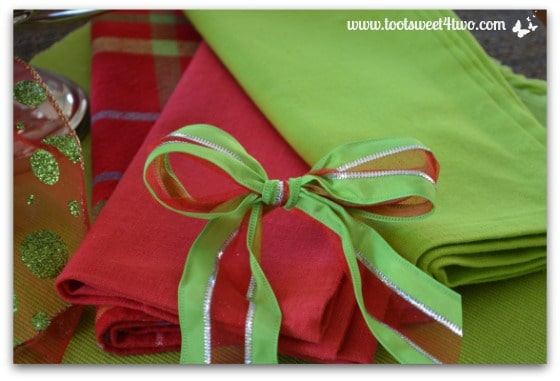 Christmas-colored napkins
