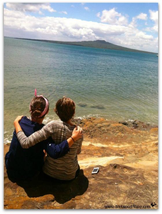 Erin and Ana - New Zealand