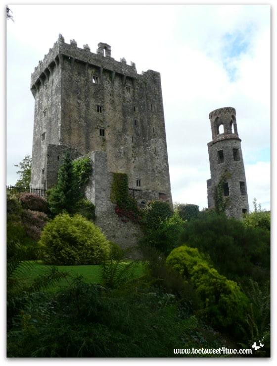 Walking to Blarney Castle - Baloney vs Blarney
