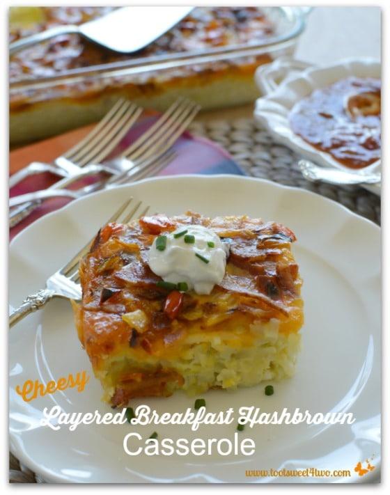 Cheesy Layered Breakfast Hashbrown Casserole - Pic 3