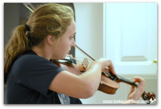 Bizzy and Viola - Pic 15 - The Virtuoso