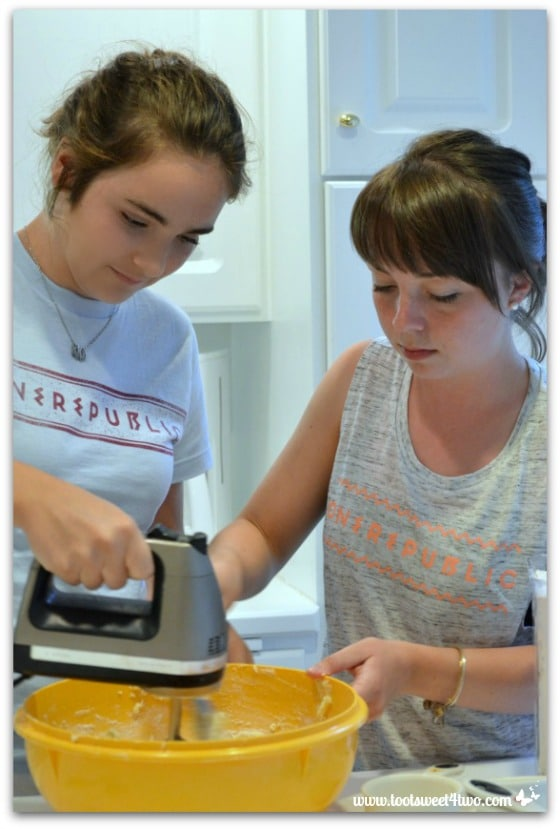 Molly and Erin mixing cookies - Erin's Iced Sugar Cookie Cutouts