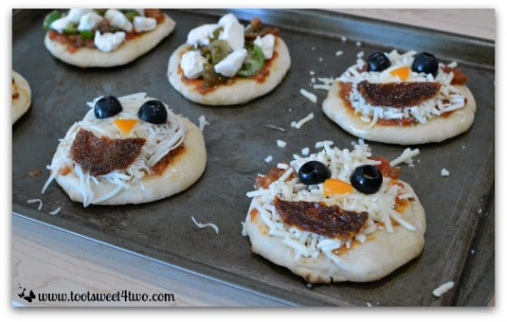 Goblin and Bloody Pus-filled Brains Pizza - Fright Night Mini Pizzas