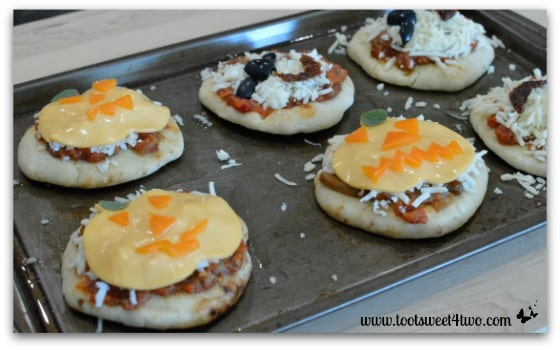 Jack-O-Lanterns and Bats Under a Blood Red Moon Pizzas - Fright Night Mini Pizzas