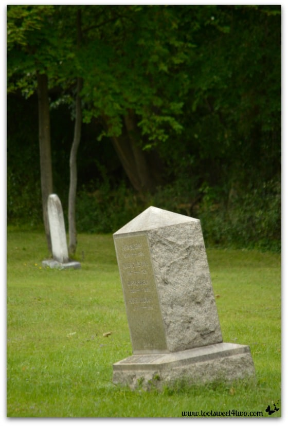 Lopsided Headstones unretouched - Zombie Apocalypse