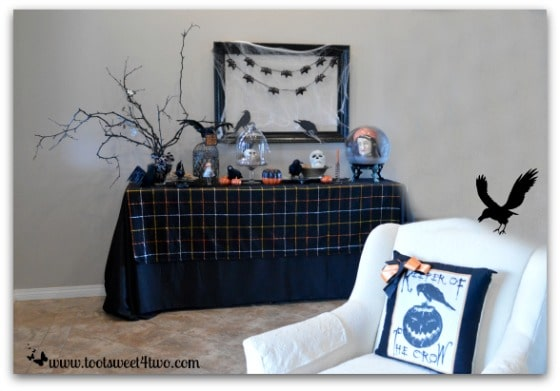 Nevermore Decorating for Halloween Pic 3