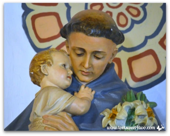 Altar statue of monk and baby Jesus in Mission San Antonio de Pala Chapel