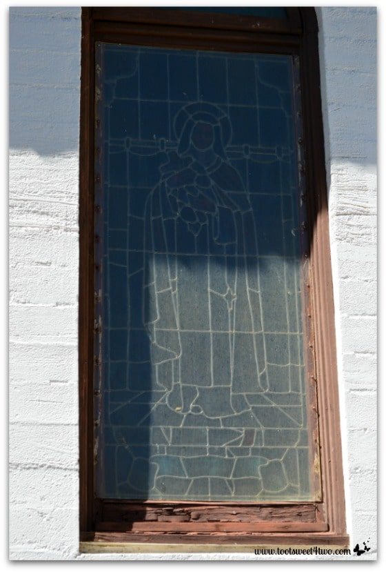 Exterior stained glass window of Mary - Mission Santa Ysabel