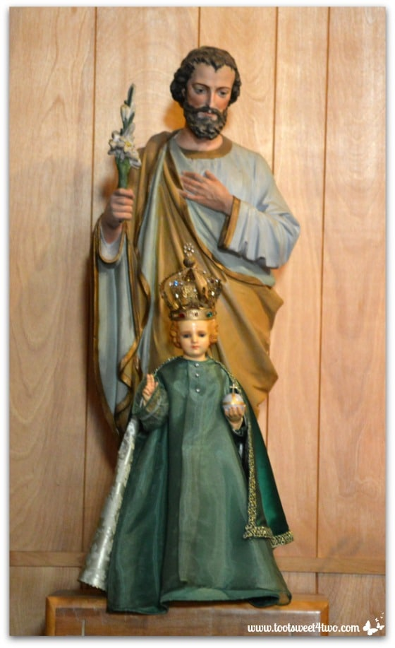 Statue of Jesus and baby - Mission Santa Ysabel