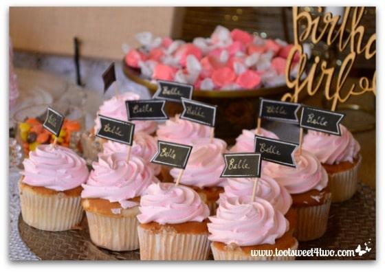1st birthday cupcakes - Baby Turns One