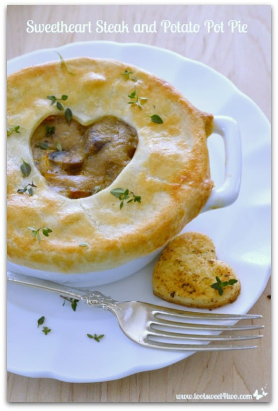Sweetheart Steak and Potato Pot Pie Pic 3
