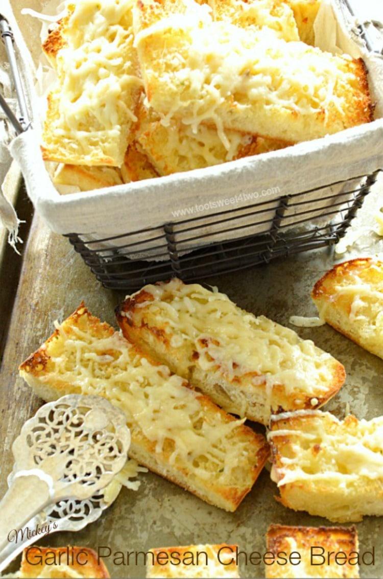Mickey's Garlic Parmesan Cheese Bread Pic 1A