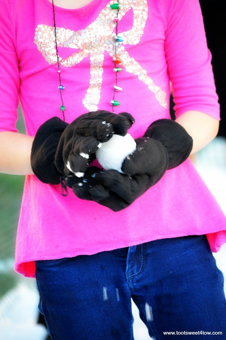 Princess P makes the perfect snowball - pic 7