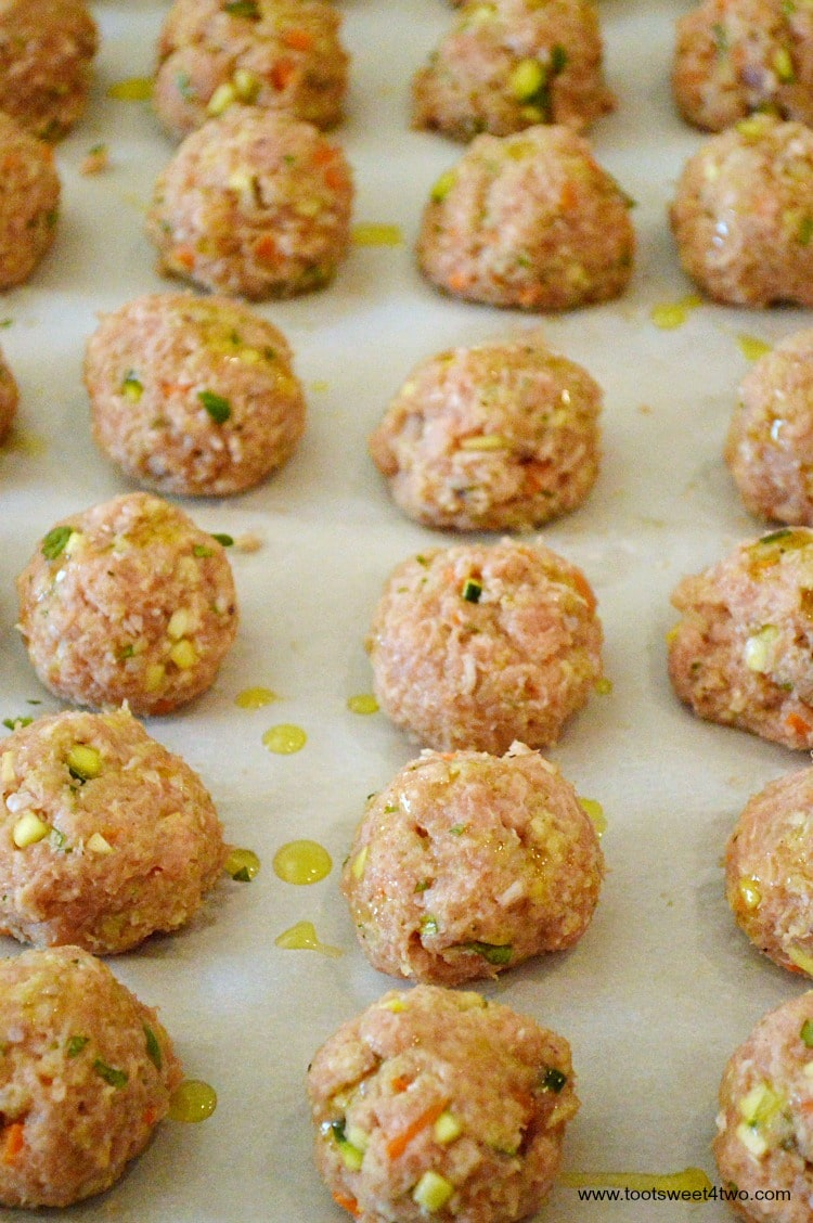 Uncooked turkey meatballs