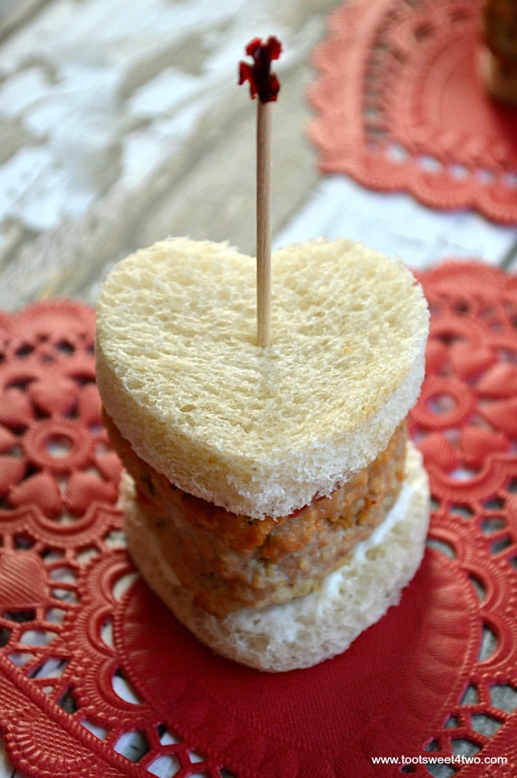 Mini Sweetheart Meatloaf Sandwiches - Pic 3