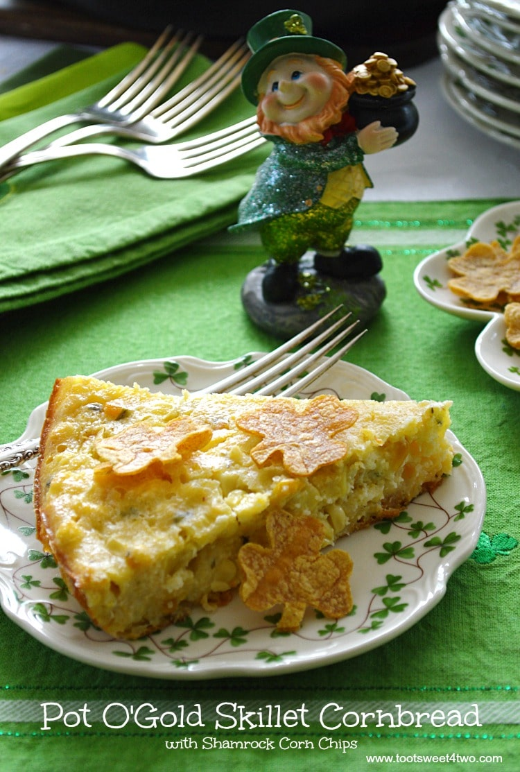 Pot O'Gold Skillet Cornbread - savory with a bit of sweet deliciousness