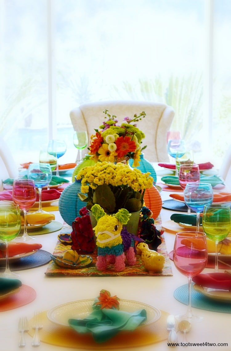 Decorating the Table for a Cinco de Mayo Celebration tablescape