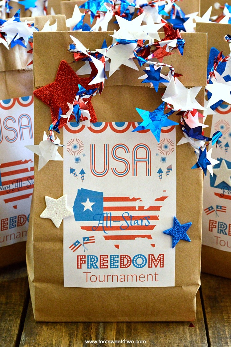 Patriotic DIY Brown Paper Treat Bags finished