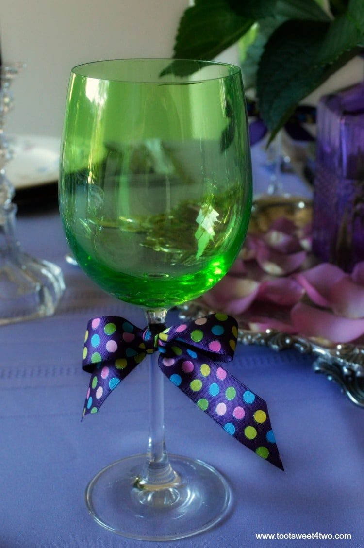 Take a walk on the unconventional side and decorate your dining table in unexpected colors! These dining table decor ideas for a purple and green tablescape are a fun way to decorate a table for a special party. Whether you are decorating a table for a party by choosing a school team color combo, sports team colors, corporate business colors or the favorite colors of the guest of honor, wow your guests with unusual table decorations with these tips and ideas.   www.tootsweet4two.com